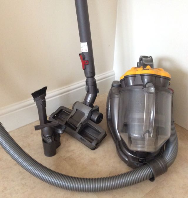dyson dc19 for sale in uk 59 second hand dyson dc19. Black Bedroom Furniture Sets. Home Design Ideas