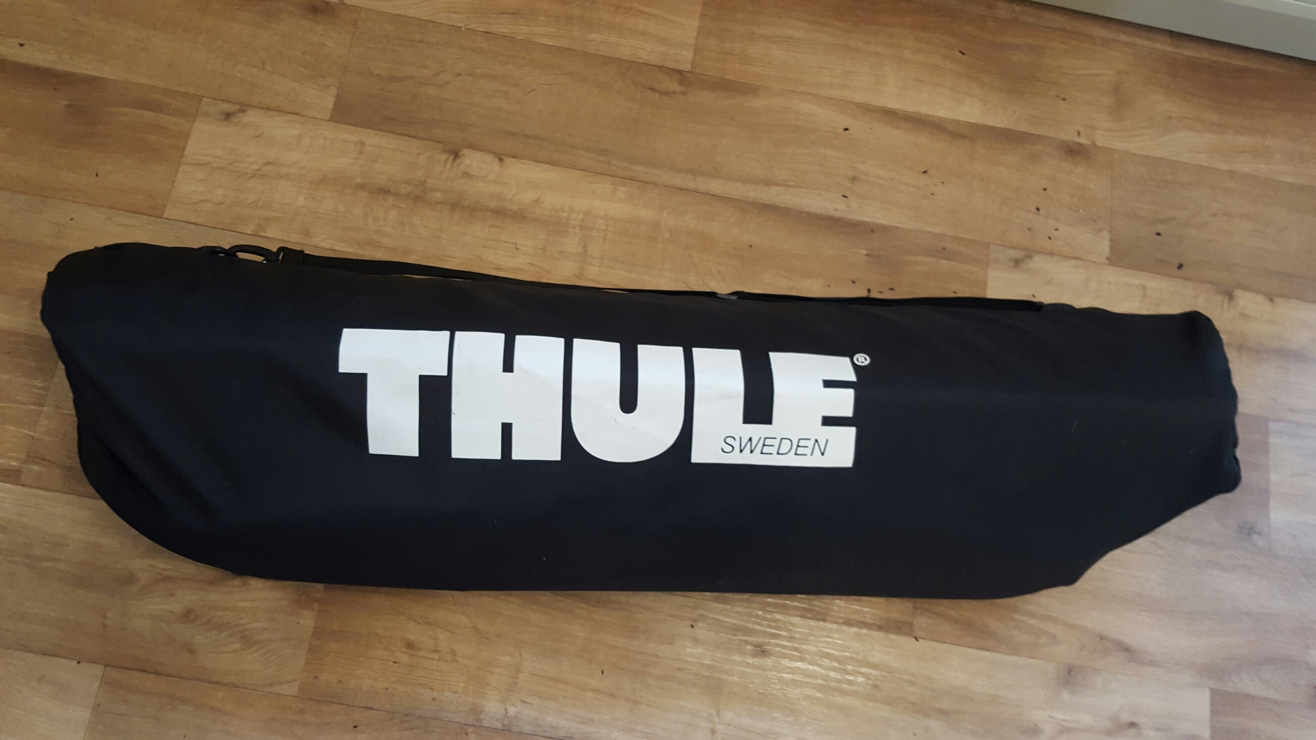 thule roof boxes for sale in uk view 92 bargains. Black Bedroom Furniture Sets. Home Design Ideas