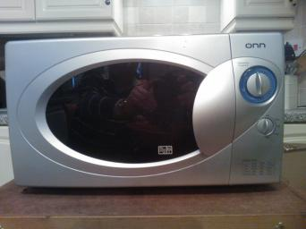 Microwave Good Condition In Silver