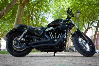 harley davidson sportster seats for sale in uk. Black Bedroom Furniture Sets. Home Design Ideas