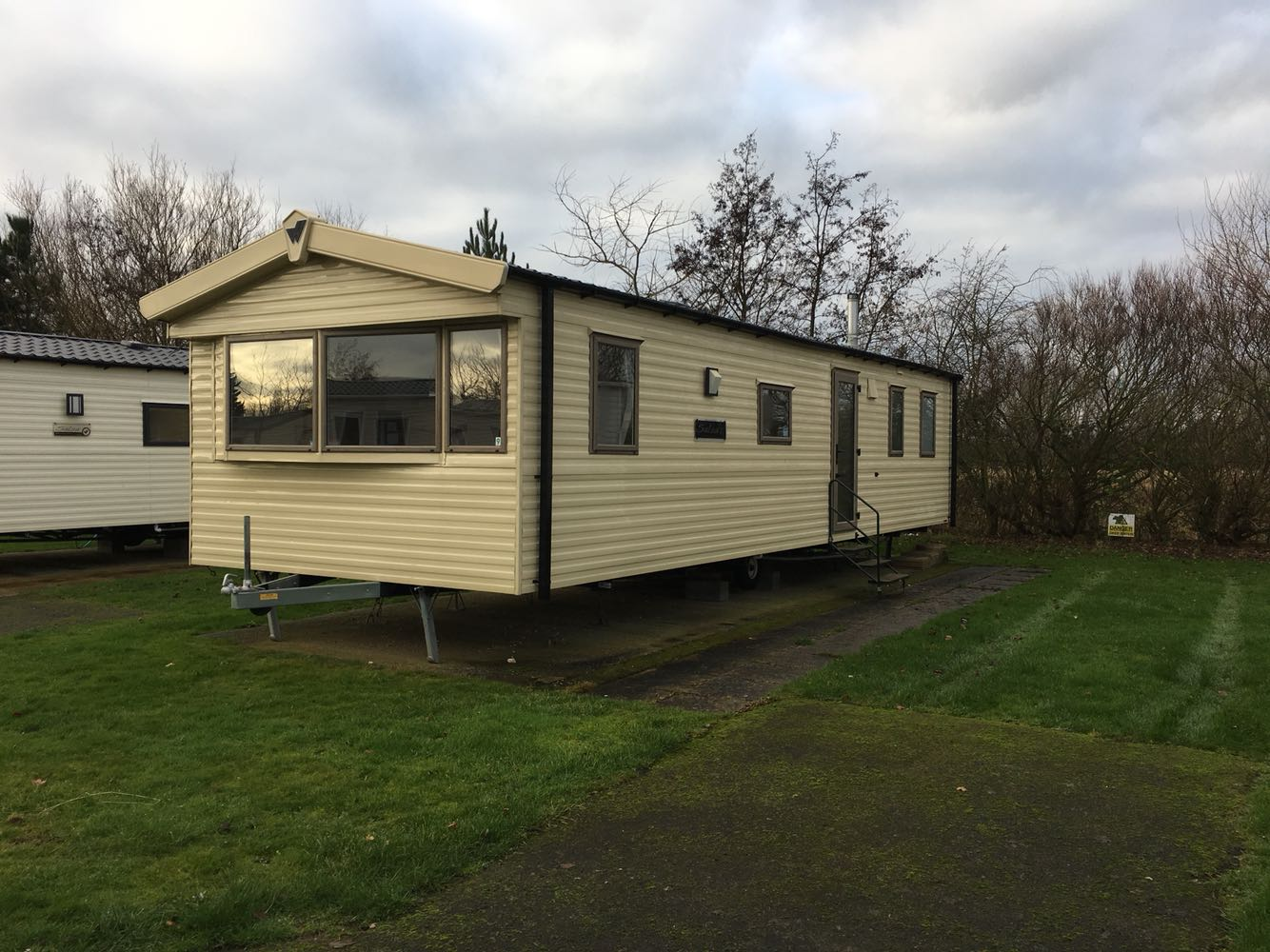 Fantastic  Static Caravan Holiday Hire At Thorpe Park Cleethorpes Lincolnshire