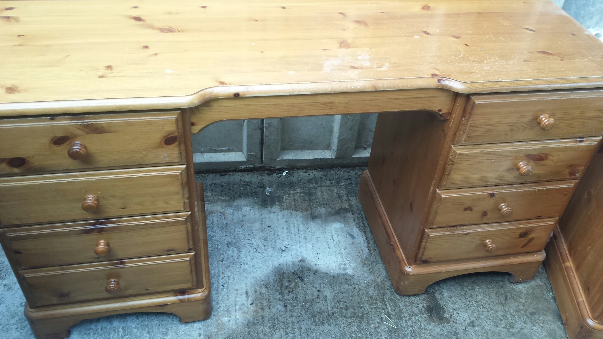 Ducal Dressing Table for sale in UK View 21 bargains : 7b345eb31b5b475dbc250a7cdd6e41fa from for-sale.co.uk size 2064 x 1161 jpeg 462kB