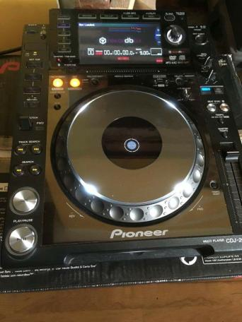 pioneer cdj 2000 nexus for sale in uk view 121 bargains. Black Bedroom Furniture Sets. Home Design Ideas