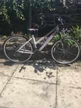 Apollo women's hybrid endeavour bicycle used about 3 times. - £110