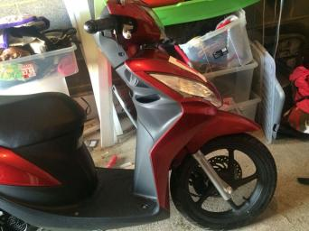 honda mopeds for sale in uk 73 second hand honda mopeds. Black Bedroom Furniture Sets. Home Design Ideas