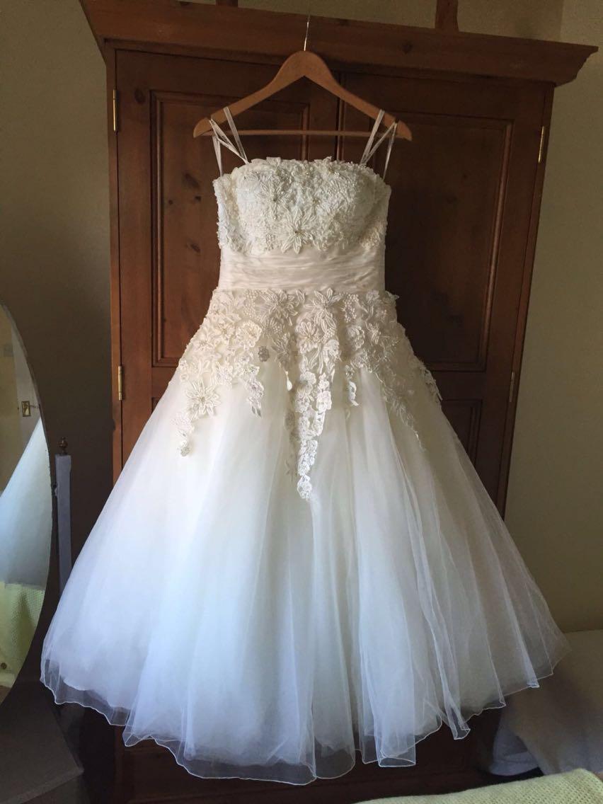 Tea length wedding dress for sale uk wedding dresses asian for Asian wedding dresses uk