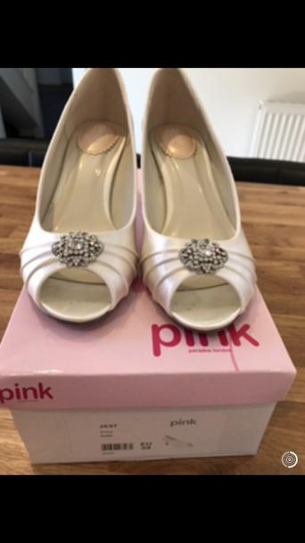 Wedding Shoes Kitten Heels Local Classifieds Buy And Sell In