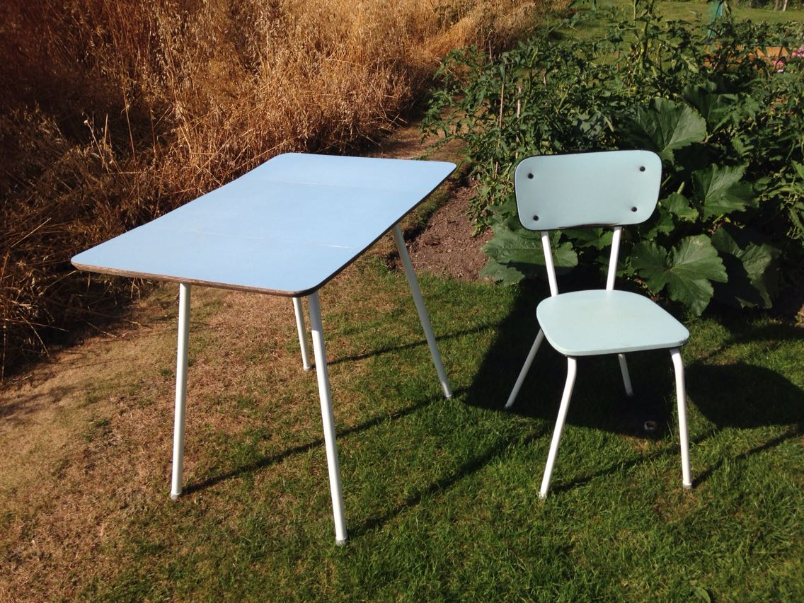 Retro Formica Chairs for sale in UK View 68 bargains : e5481dd0f97c4166b855d4448213541c from www.for-sale.co.uk size 1136 x 852 jpeg 228kB