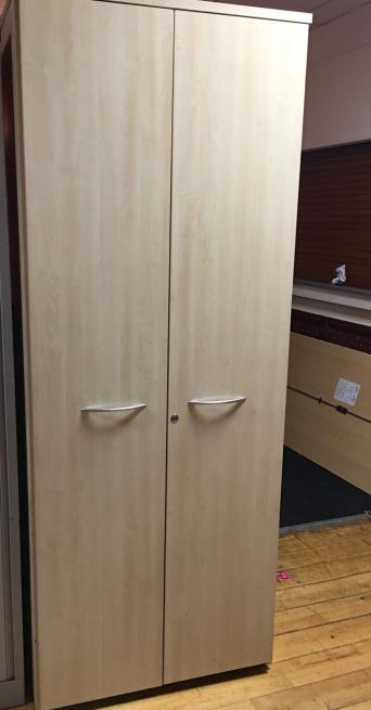 Free design kitchen cabinet layout