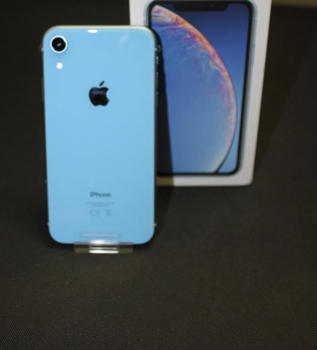 Preview of the first image of iPhone XR blue.