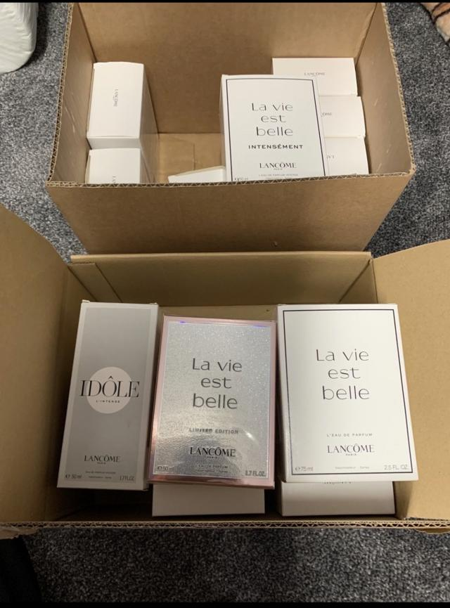 Preview of the first image of LANCÔME perfumes.