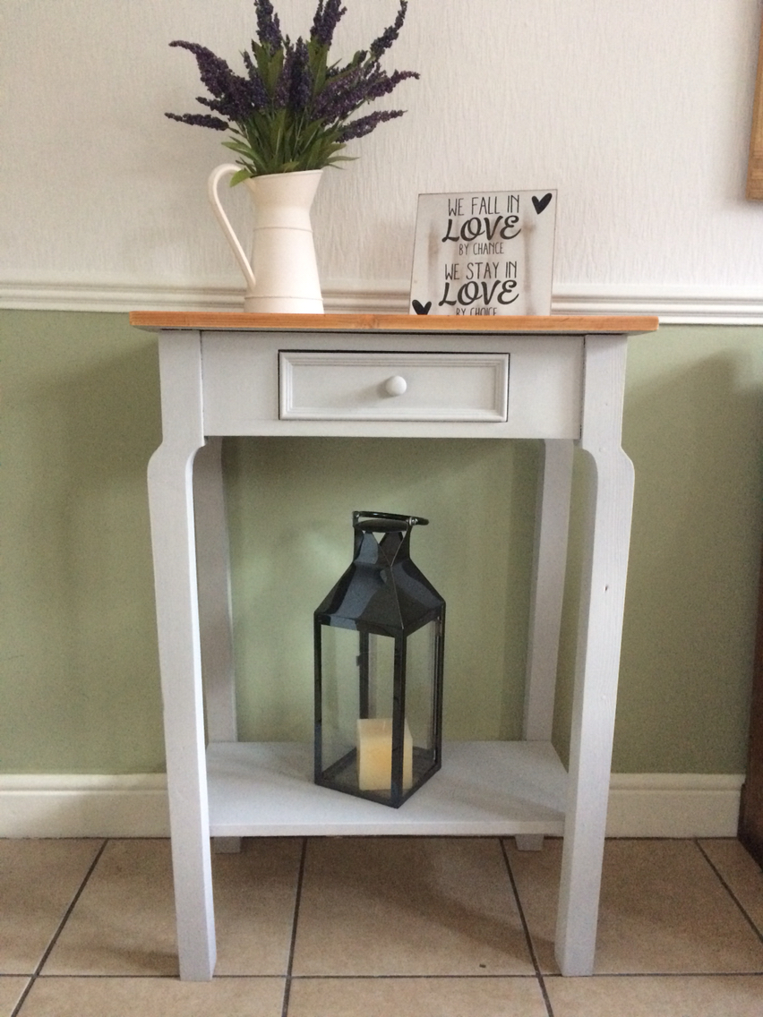 console tables Second Hand Household Furniture Buy and Sell in