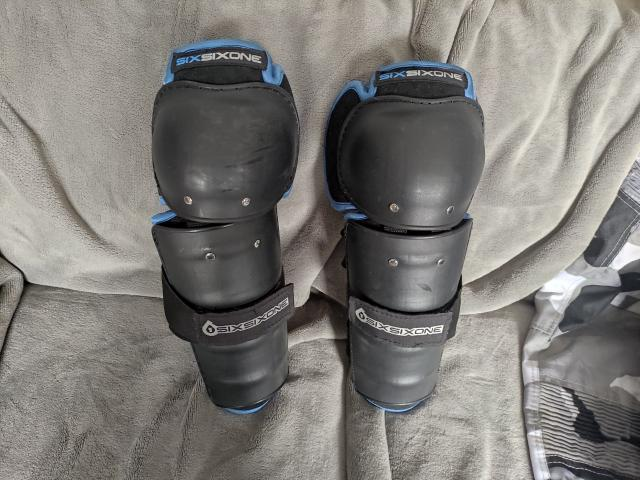 Preview of the first image of Moto cross knee and shin protection.