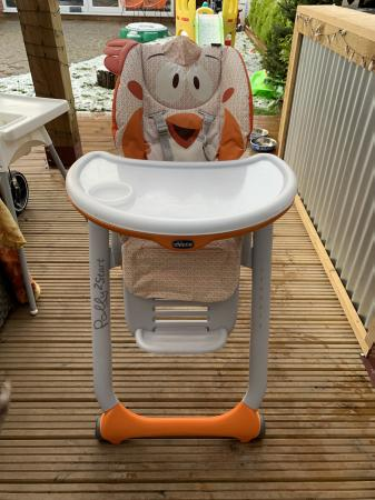 Image 1 of Chicco Polly 2 start newborn high chair, fancy chicken