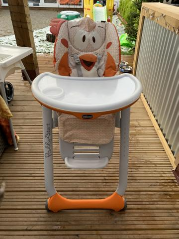 Preview of the first image of Chicco Polly 2 start newborn high chair, fancy chicken.