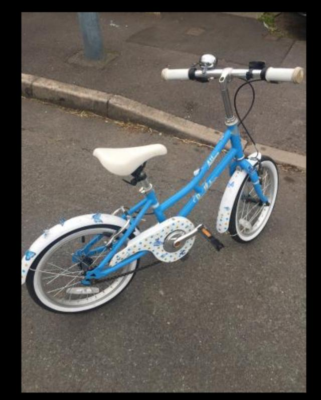 Preview of the first image of 4-7 yr girls bike for sale.
