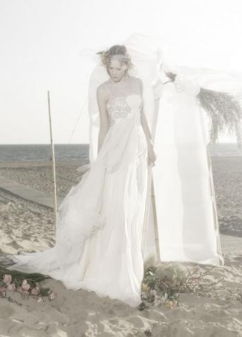 simple silk wedding dress - Second Hand Wedding Clothes & Bridal ...
