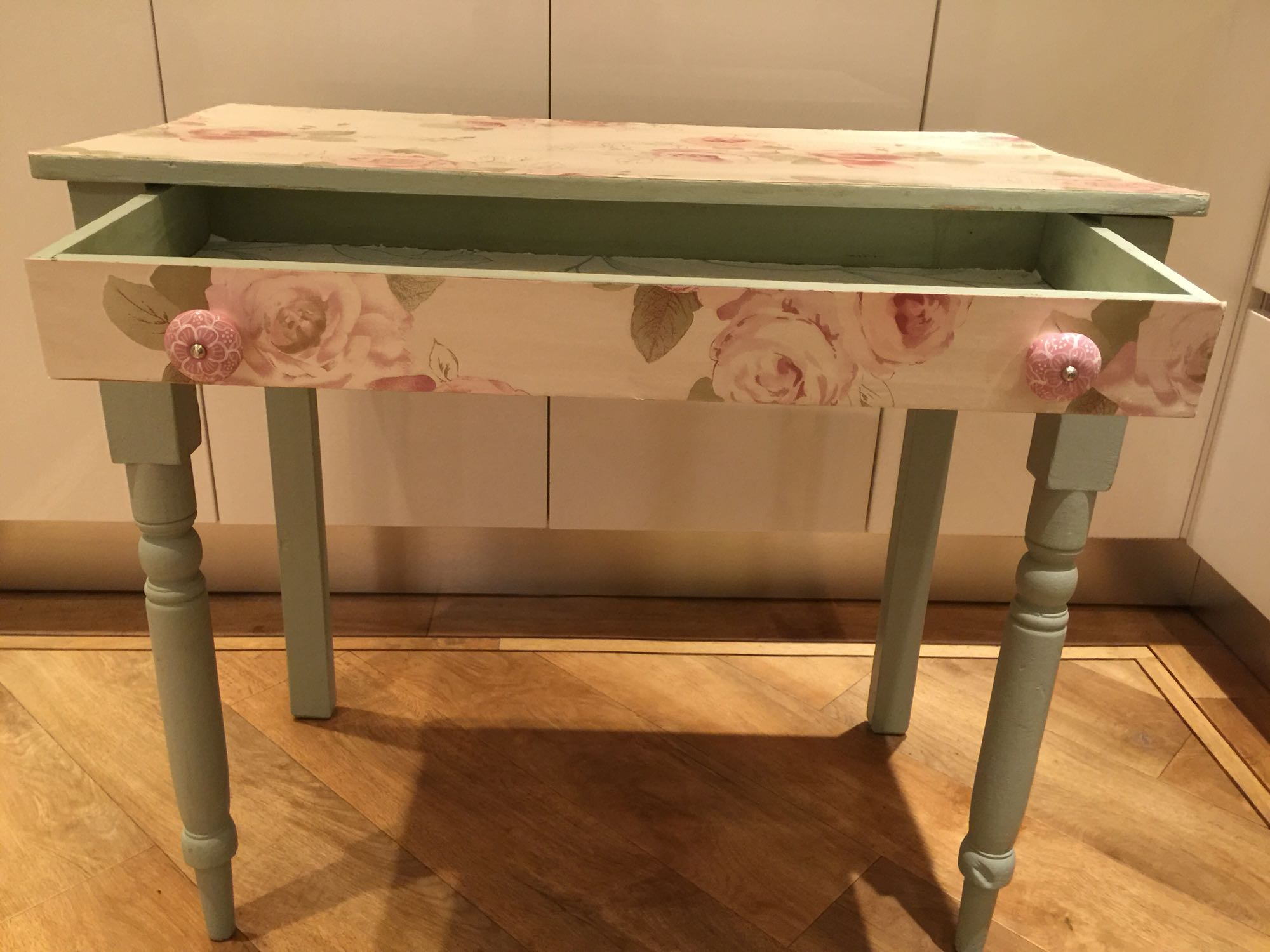 Console table  dressing table - Bromsgrove, Worcestershire - Console table/ dressing table with drawer Decoupaged - Bromsgrove, Worcestershire