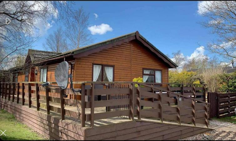 Image 1 of Lodge for sale
