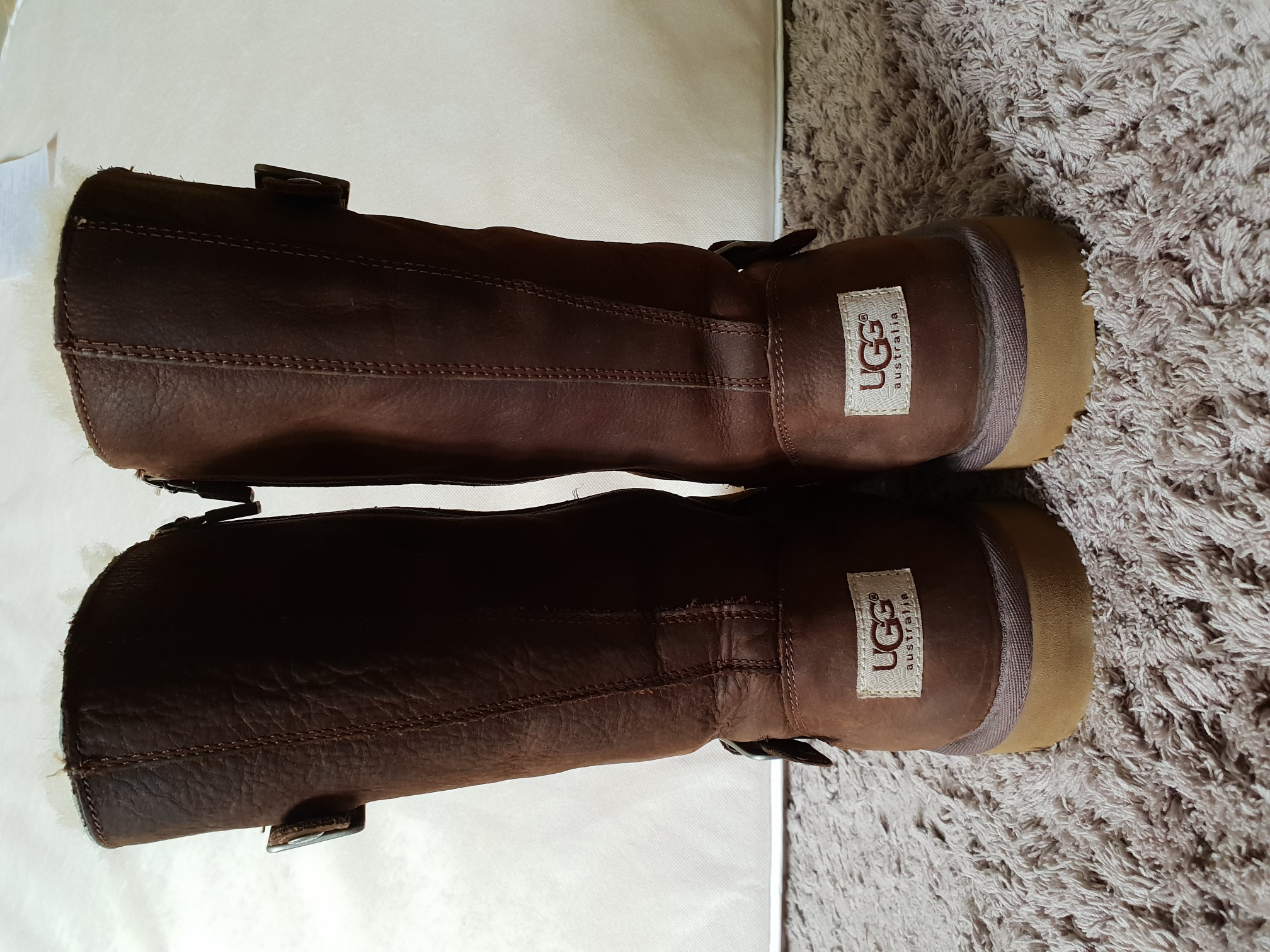 bottes UGG Vêtements bottes Second Hand , Chaussures et et UGG bijoux | a844d98 - christopherbooneavalere.website