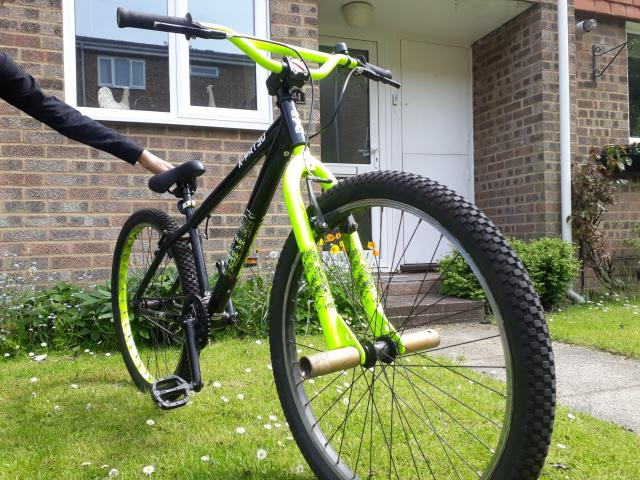 """Preview of the first image of X-rated dirt jump bike 26"""" wheels."""