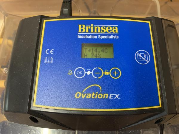 Image 2 of Brinsea Ovation 28 EX incubator