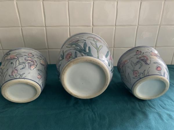 Image 3 of Set of 3 pretty matching indoor plantpots