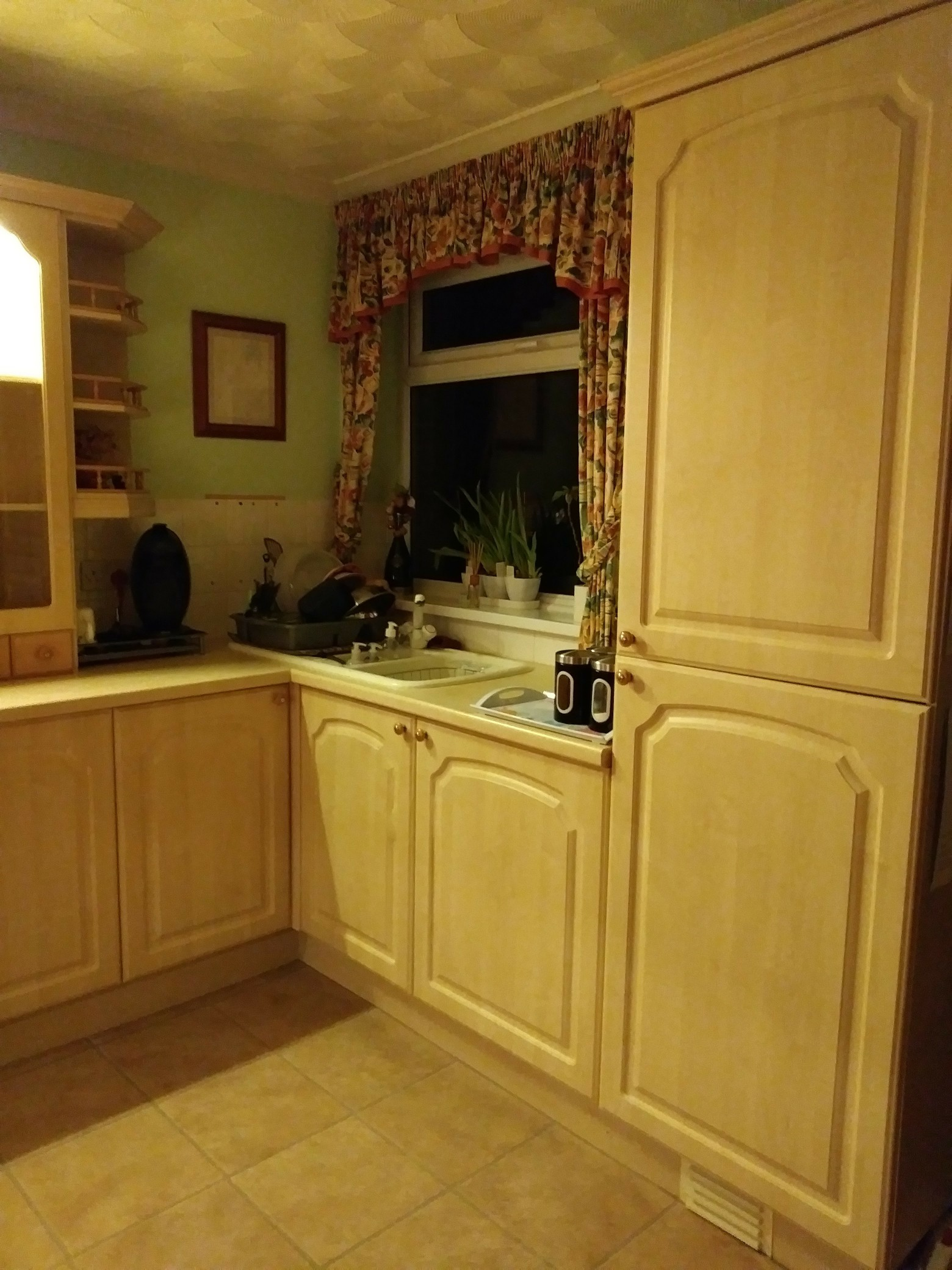 Canadian Maple coloured kitchen doors. For Sale in Beverley Humberside | Preloved & Canadian Maple coloured kitchen doors. For Sale in Beverley ...