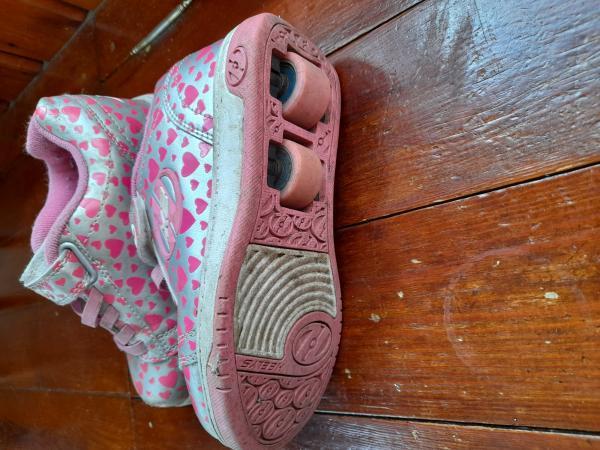 Image 2 of Girls Heelys size 13