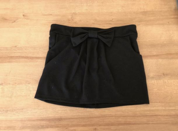 Image 1 of Women's size 12 short black skirt