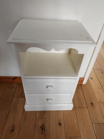 Image 1 of Pine bedside cabinet