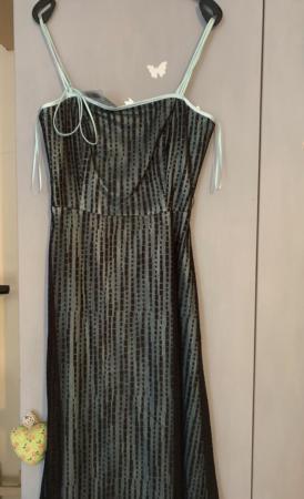 Image 1 of Pretty dress.