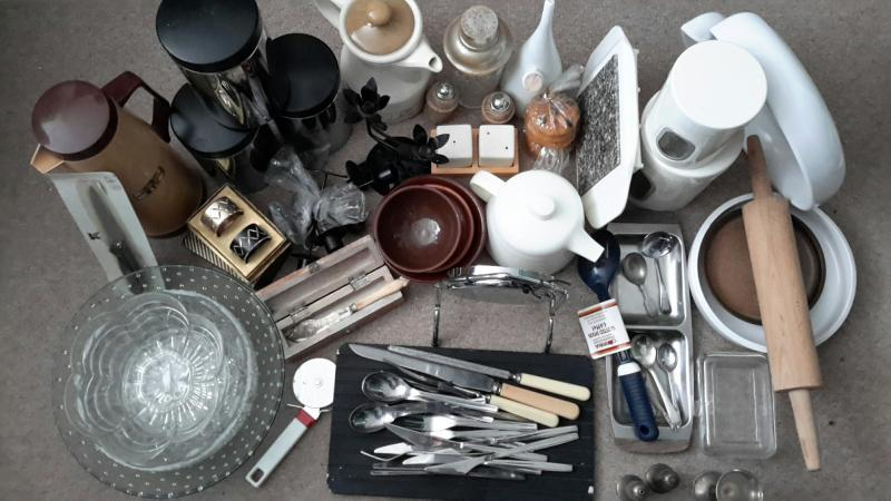 Image 1 of Job lot kitchenware and tableware, cutlery, etc