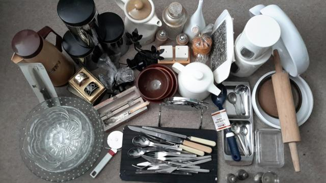 Preview of the first image of Job lot kitchenware and tableware, cutlery, etc.