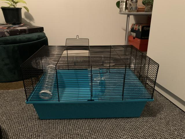 Preview of the first image of Large hamster cage.
