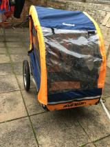 Child bike trailer - £80