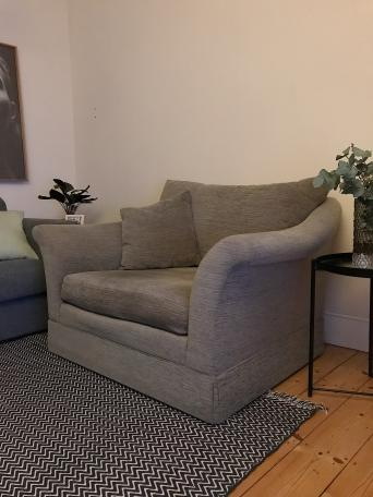 Free Sofa Second Hand Household Furniture Buy And Sell In Hackney