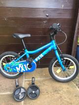 Boys bike - £85