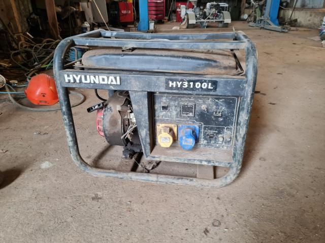 Preview of the first image of hyundai 3100 generator quiet.