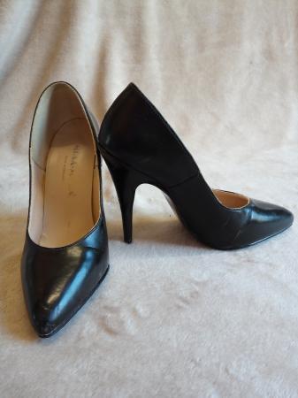 Image 3 of Women's size 3 (36 EU) high heeled shoes