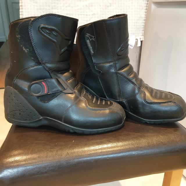Preview of the first image of ALPINESTARS MOTORBIKE BOOTS.