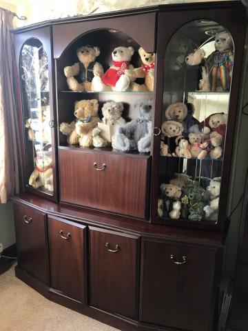 Preview of the first image of Mahogany display cabinet with lights beautiful cabinet.