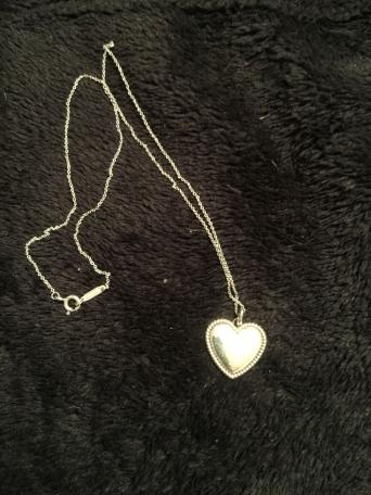 577ebb29aa1e3 silver tiffany necklace - Second Hand Jewellery, Buy and Sell | Preloved