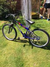 Childs mountain bike for sale aged 7-10yrs approx - £30
