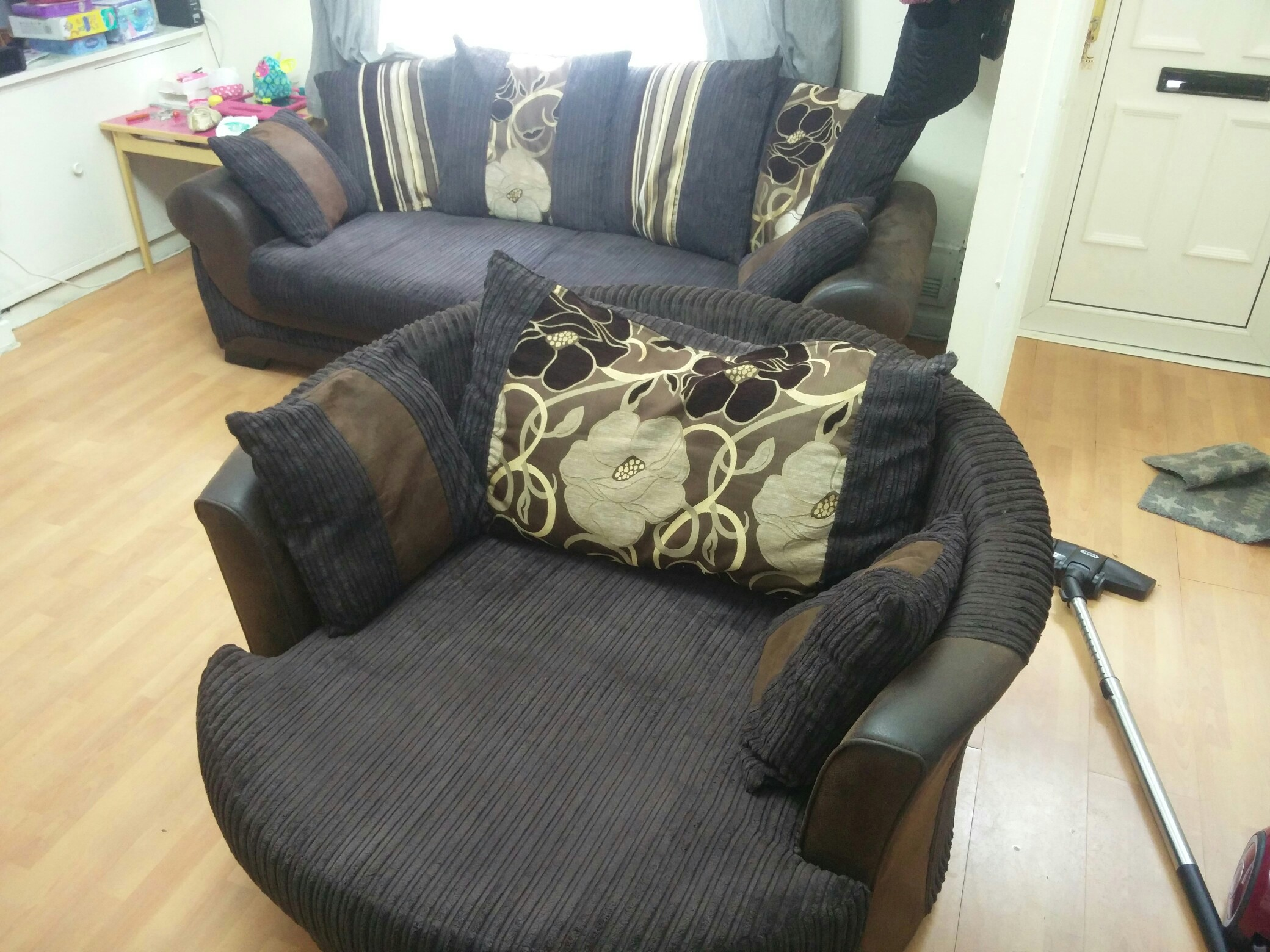 sofa Second Hand Household Furniture Buy and Sell in the UK and