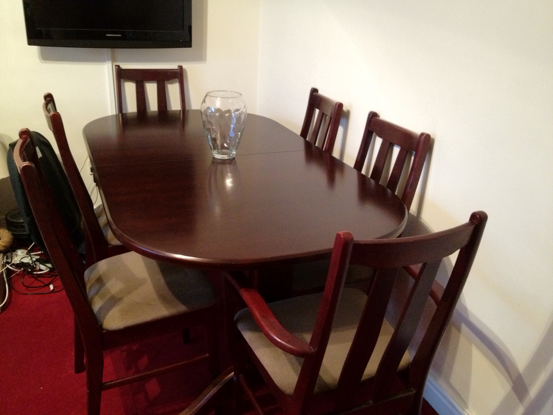 Beautiful Extending Dining Table. Six Chairs