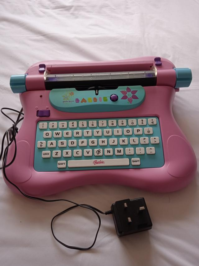 Preview of the first image of Electronic typewriter.