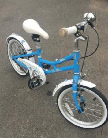 Image 2 of 4-7 yr girls bike for sale
