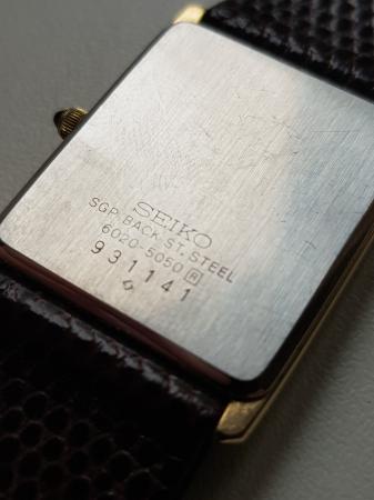 Image 6 of Mens older seiko quartz tank watch 6020 5050 boxed