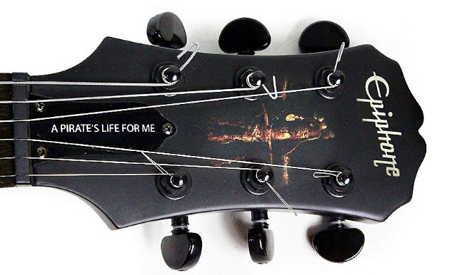 Image 10 of Epiphone les Paul Pirates of the Caribbean Collectors Piece.